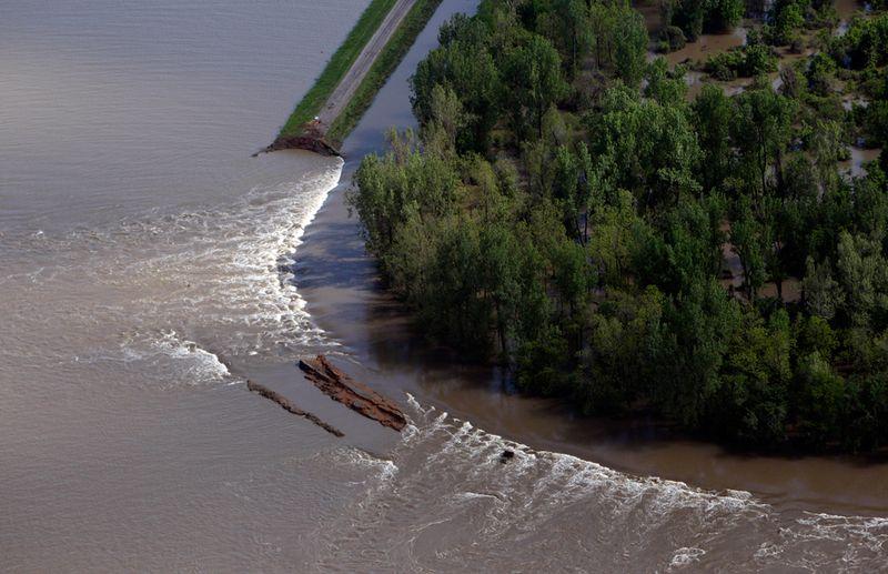 548 Река Миссисипи вышла из берегов