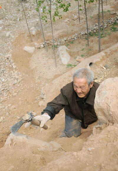 Героический поступок китайского ветерана (5 фото)