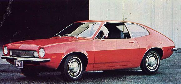 """7. Компания Ford Motor Company представила малолитражки Пинто в 1971 году. Компания не могла понять, почему они не пользуются спросом в Бразилии, пока компания не узнала, что """"Пинто"""" является словом из бразильского сленга для обозначения очень маленького мужского полового органа."""