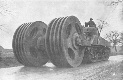"""Американский Mine Exploder T1E3M1 """"Aunt Jemima"""". Проектировался для разминирования."""