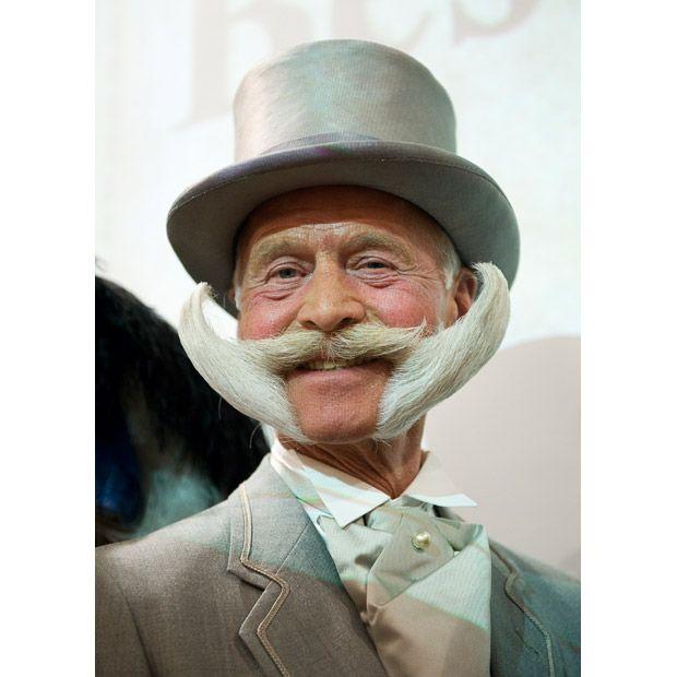 Карл Хайнце Хилль из Германии, победитель в номинации «Борода в имперском стиле».