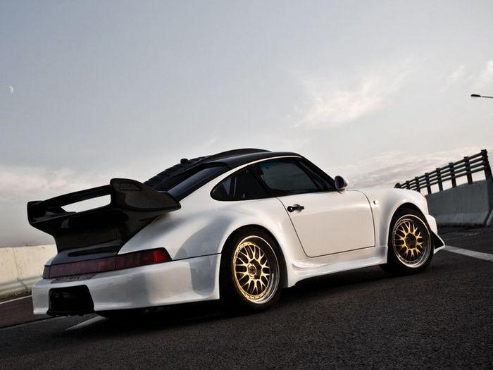 Porsche 911 от тюнинг ателье Vintage Auto (11 фото)