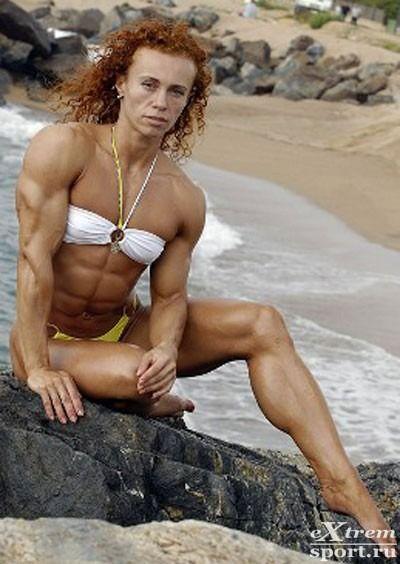 Елена Шпортун — четырехкратная чемпионка России, чемпионка мира, единственная россиянка, вошедшая в рейтинг профессионалов IFBB по бодибилдингу 2010 года.