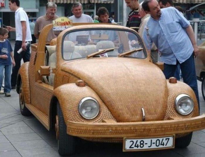 Volkswagen Beetle из дерева (4 фото+видео)