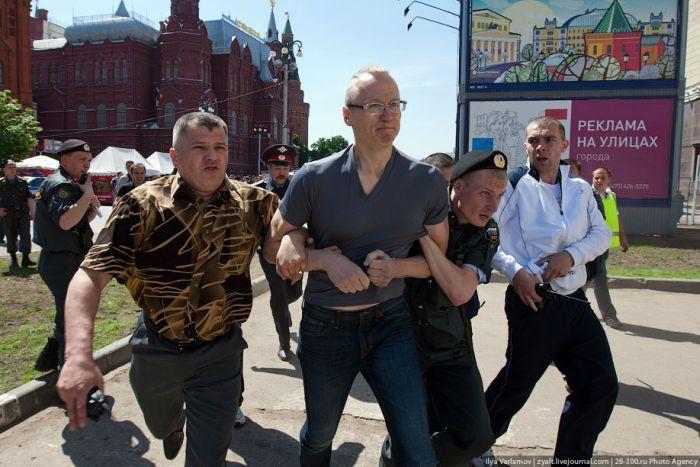 Несостоявшийся гей-парад 2011 (73 фото + видео)