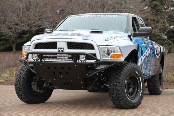Подразделение Mopar превратили Dodge Ram в спорт-джип (12 фото)