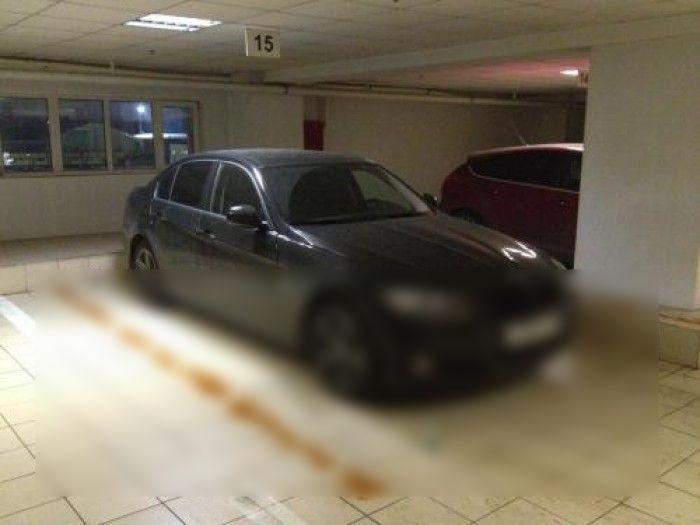 Припаркованный BMW 3 серии защищен он угона по новейшей технологии! (2 фото)