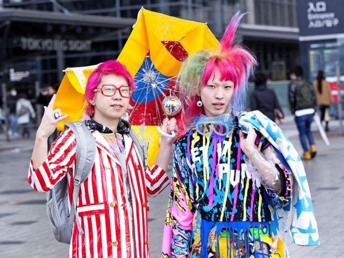 Мода в Токио не такая как везде. Часть 2. (60 фото)