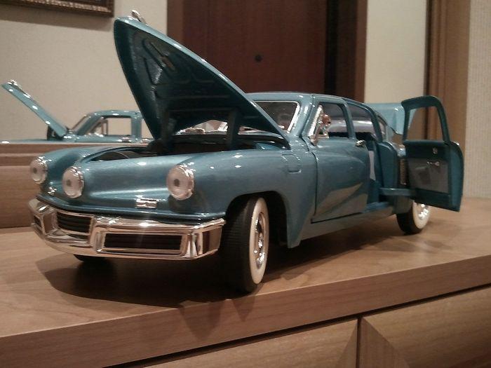 Коллекция моделей авто 1948 до 1975 годов выпуска (41 фото)