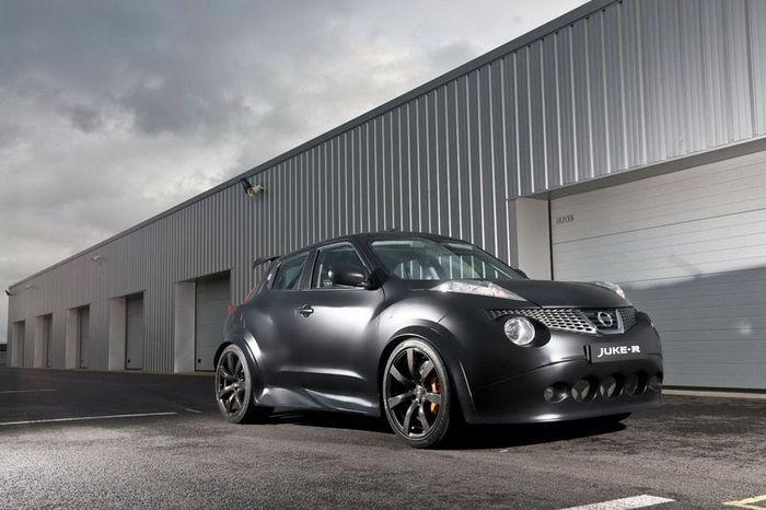 Компания Nissan выпустит всего 20 машин Juke-R (22 фото+7 видео)
