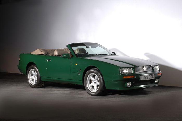 Кабриолет Aston Martin принца Чарльза продадут на аукционе (4 фото)