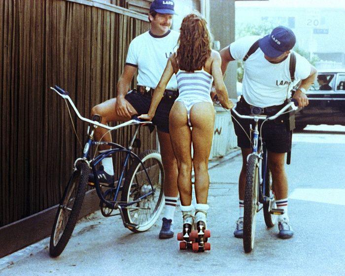 Роллеры 80-х из Венеции (9 фото)