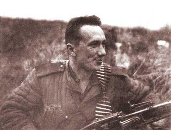 Герой войны, которого все мы знаем как Федю из кинофильма Операция Ы (6 фото)