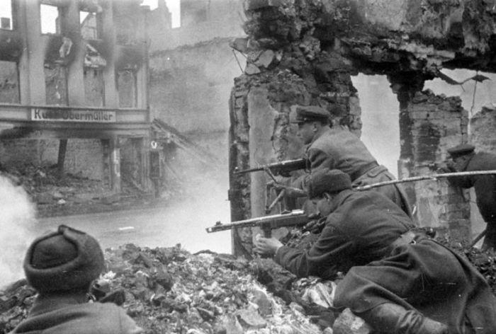 Фотографии Великой Отечественной Войны (137 фото)