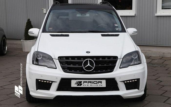 Mercedes M-Class (W164) во внешнем стайлинге от Prior Design (8 фото)