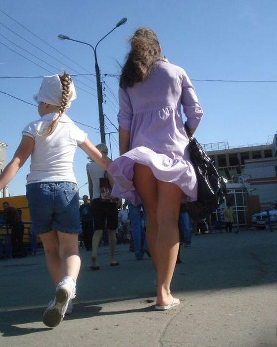 Девушки прямой эфир под юбкой фото 356-427