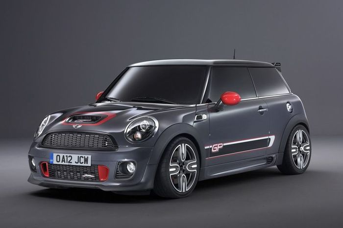 Новый MINI John Cooper Works GP (16 фото)