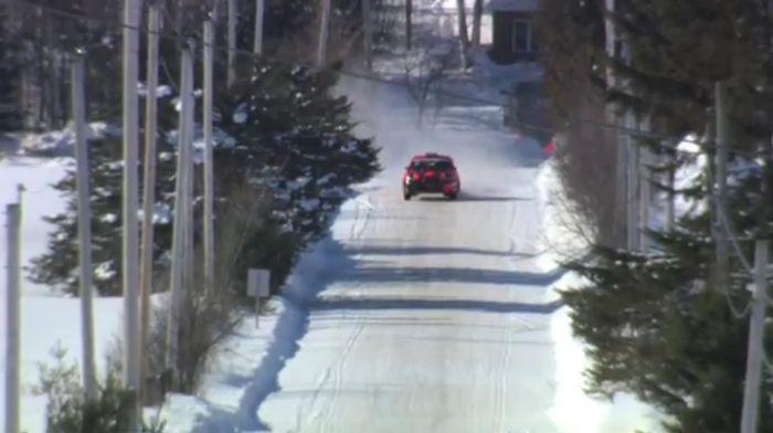 Небывалый случай на ралли в Канаде (2 видео)