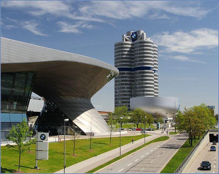 Фотоотчёт из музея BMW в Мюнхене (22 фото)