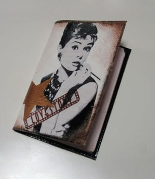Оригинальная обложка на паспорт своими руками (7 фото)