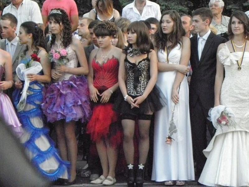 Фото эротические платья в нижнем белье выпускных платьев 2 фотография