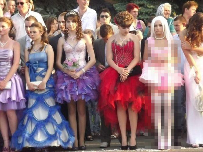 И еще один вариант выпускного платья (7 фото)