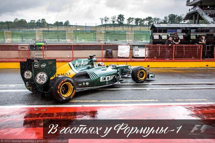В гостях у Формулы-1. За кулисами (44 фото)