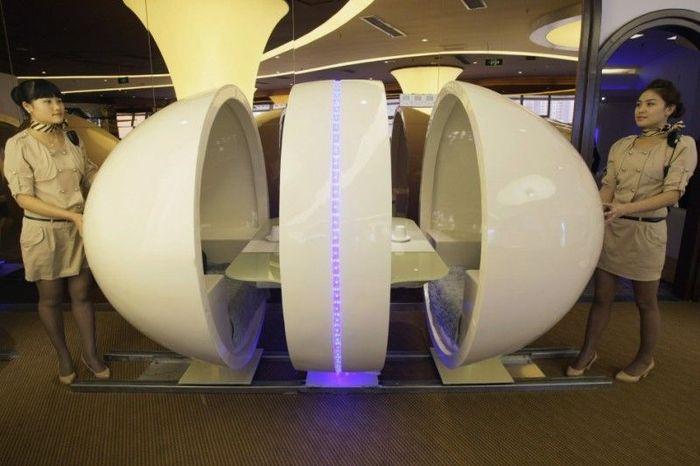 Тематический ресторан Airbus A380 в Китае (14 фото)