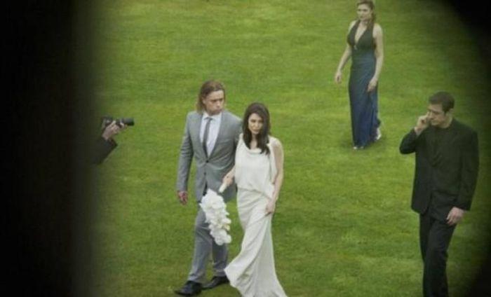 Свадьба Анджелины Джоли и Бреда Питта (6 фото)
