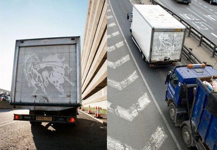 Рисунки пальцем. Автомобильные опыты Бена Лонга (4 фото)