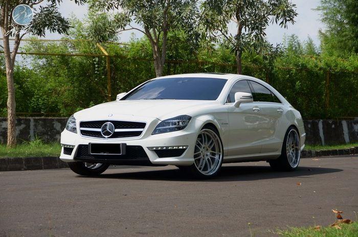 Mercedes-Benz CLS 63 AMG на колесах от Modulare (8 фото)
