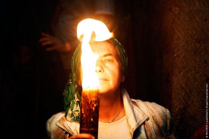 Сошествие Благодатного огня (6 фото)