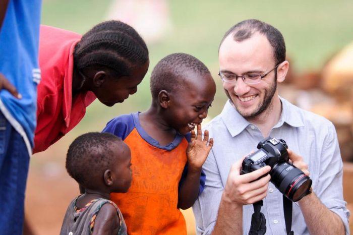 Фото прикол дети, темнокожие, фотограф
