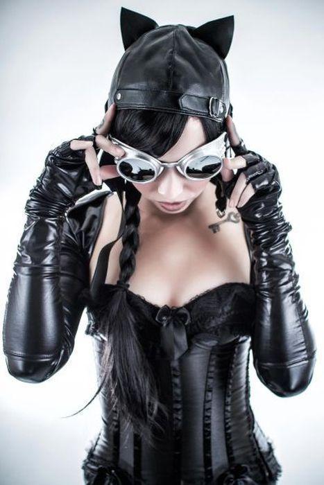 Юмор прикол девушка, костюм, наряд, очки