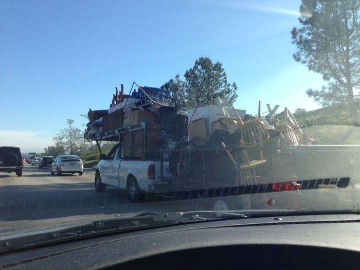 Прикол картинка перевозка, переезд, транспортировка