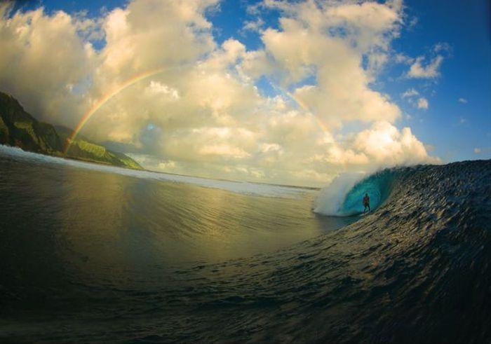Фотоприкол волна, красивое фото, радуга, серфинг