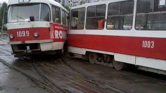 Пикантный фотоприкол врезался, дтп, трамвай