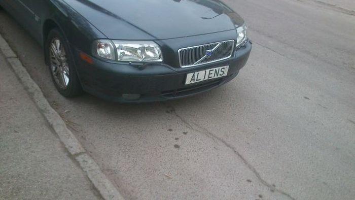 Новые фото авто, надпись, номер, чужие