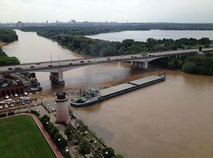 сухогруз, спасение, мост, река