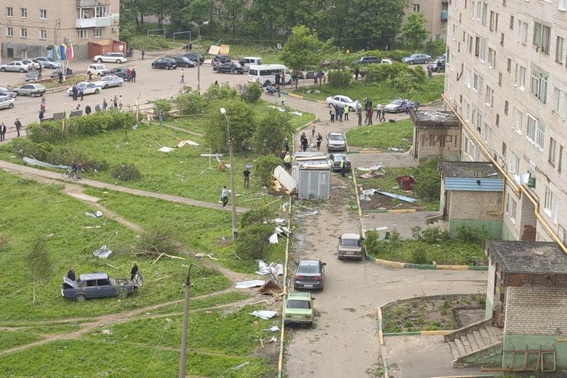 Торнадо в Сергиевом Посаде (45 фото + 2 видео)