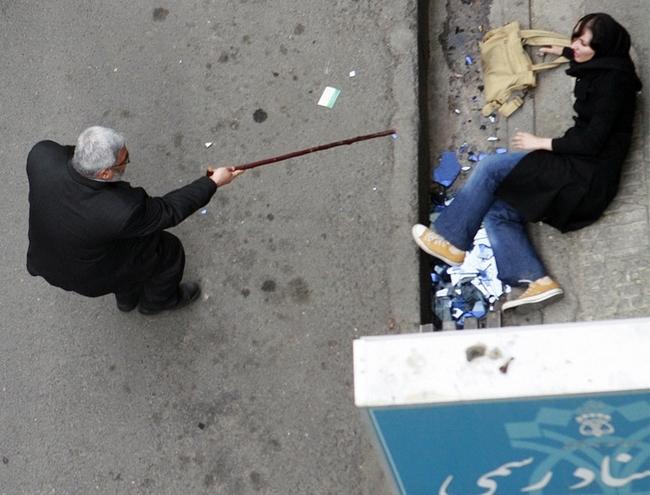Беспорядки в Иране (30 фото)