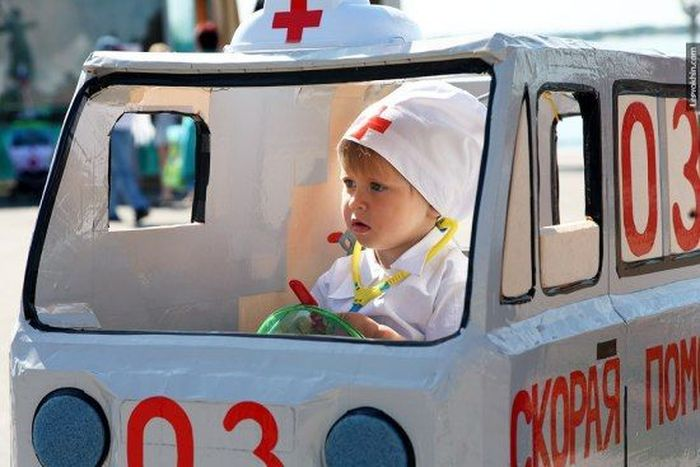 Парад детских колясок в Волгограде (25 фото)