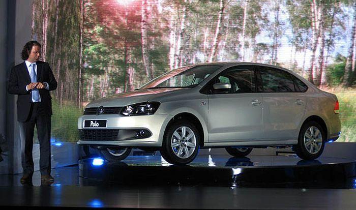 Volkswagen представил свой бюджетный седан (22 фото)