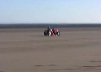 Рекорд скорости на газонокосилке 141,235 км/ч