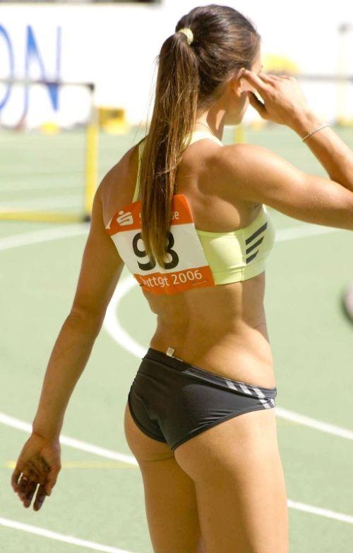 спортсменок в попку медленная