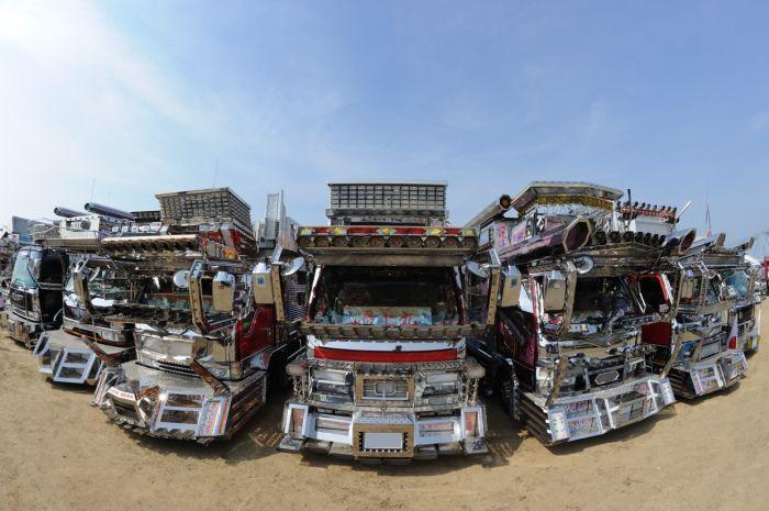 Крутые японские грузовики (46 фото)