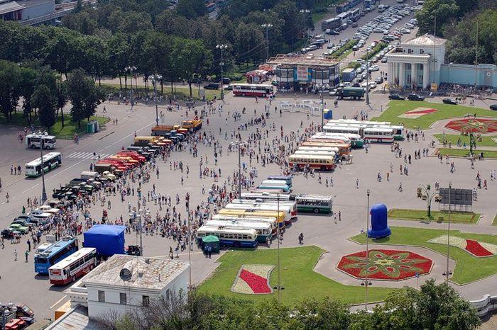 Выставка общественного транспорта (43 фото)