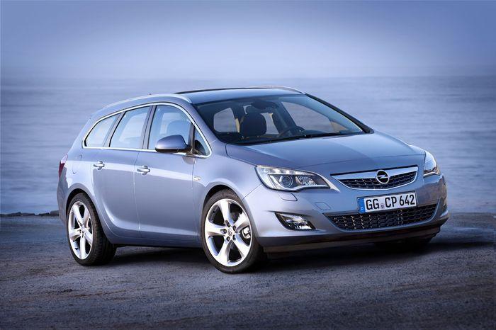 Новый Opel Astra Sport Tourer (11 фото+видео)