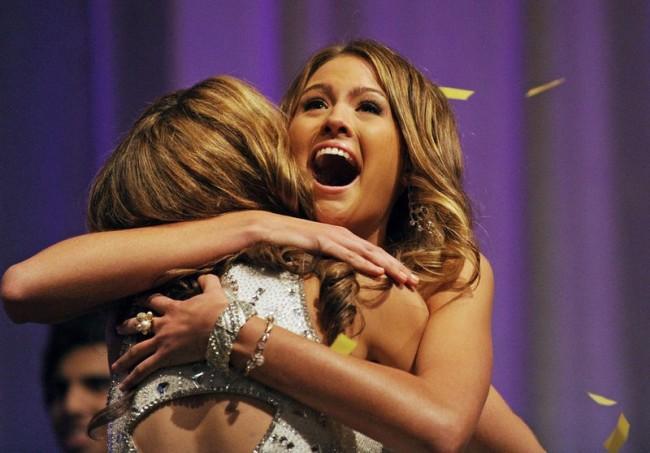 Мисс Австралия 2010 (4 фото)