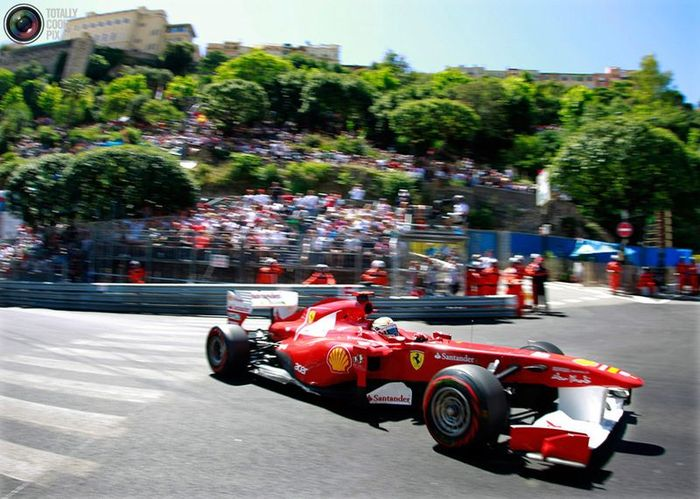 Фотографии с Гран-при Монако Формулы-1 (35 фото)